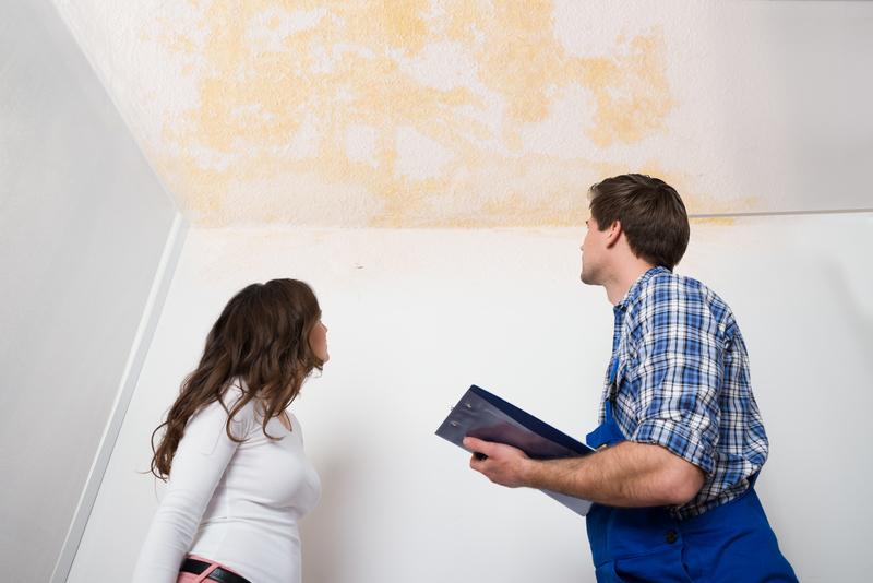 Nguyên nhân và cách chống thấm trần nhà bị nứt